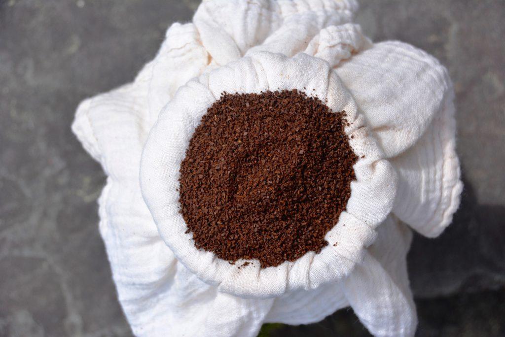 coarse coffee grounds